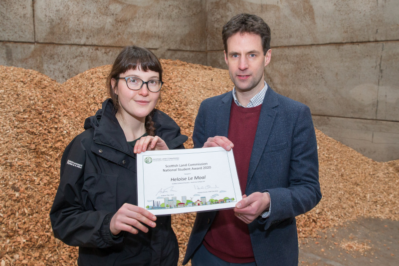 2020 National Student Award winner Heloise Le Moal and Chief Executive Hamish Trench with her award certificate
